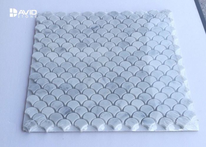110pcs Small Lantern Mosaic Tile Sheets , Carrara Marble Mosaic Style Wall Tiles